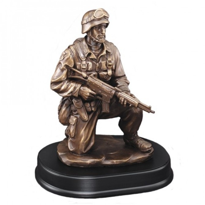 Kneeling Soldier Resin